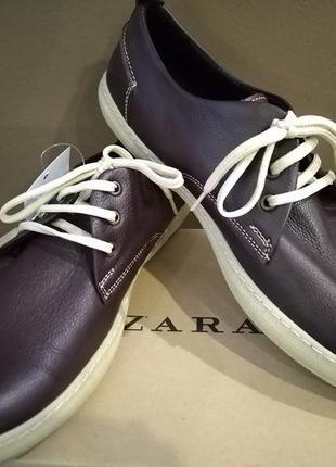 Кожаные мужские туфли/топсайдеры zara casual. размер 44. натуральная кожа. цвет темно-коричневый.