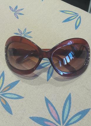 Очень красивые очки chanel в идеальном состоянии.