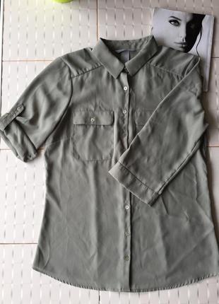 Актуальная рубашка цвета хаки блуза с накладными карманами