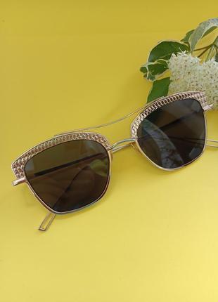 Сонцезахисні окуляри. очки. аксесуари.4 фото