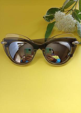 Сонцезахисні окуляри. очки. аксесуари.7 фото