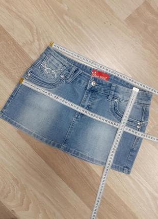 Джинсовая стрейчевая юбка с камнями uk10