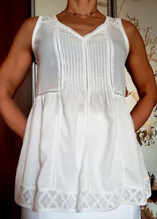 Милая белоснежная легчайшая блузка