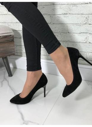 Туфли на каблуке черные натуральная замша
