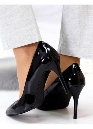 Туфли на каблуке черные натуральный лак2 фото