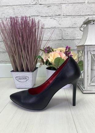 Туфли на каблуке черные натуральная кожа