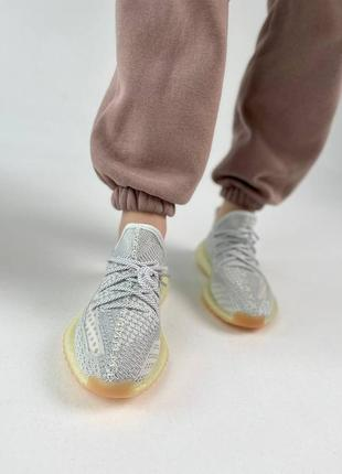 Кроссовки adidas boost 350 v22 фото