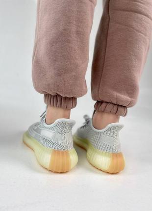 Кроссовки adidas boost 350 v24 фото