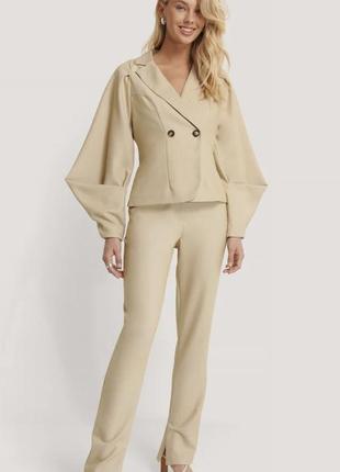 Жакет блейзер  пиджак с объёмным рукавом  бежевий піджак