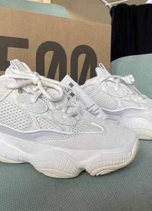 Новые кроссовки yeezy 500!! ( не подошёл размер)2 фото