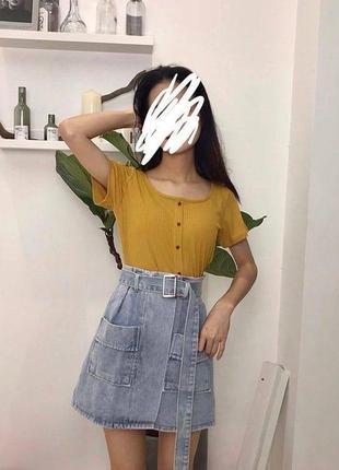 Синяя джинсовая юбка с поясом и карманами