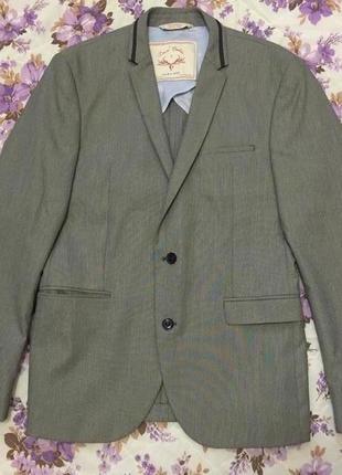 Фирменный стильный приталенный мужской пиджак известного бренда zara, размер s/m