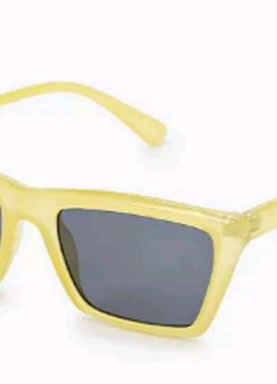 Очки topman  приглушенно лимонно-желтые прямоугольной формы1 фото