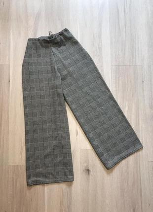 Сірі базові брюки кюлоти в клітку на резинці серые кюлоты штаны в клетку на резинке primark
