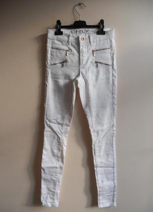 Ідеальні базові білі скіні джинси завишена талія