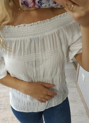 Нежная лёгкая блуза открытые плечи