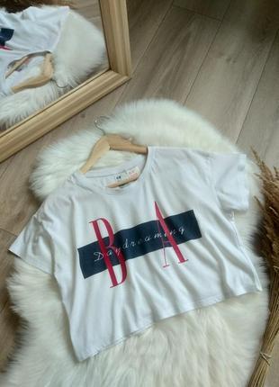 H&m біла базова укорочена футболка оверсайз майка топ  з  принтом s m
