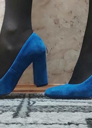 Продам туфли , замша 37 полный размер