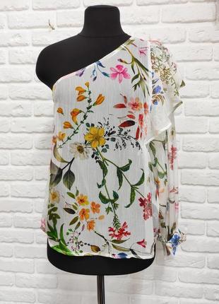 Шифоновая блуза на одно плечо stradivarius