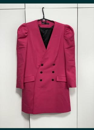 Стильный пиджак модного цвета от zara