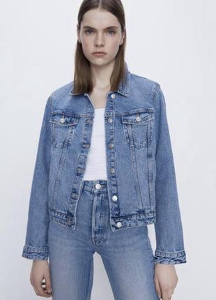Джинсова куртка zara розмір xs нова