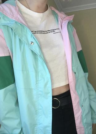 Куртка-ветровка в стиле 80-ых