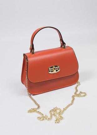 Очень стильная сумка для вашего прекрасного образа