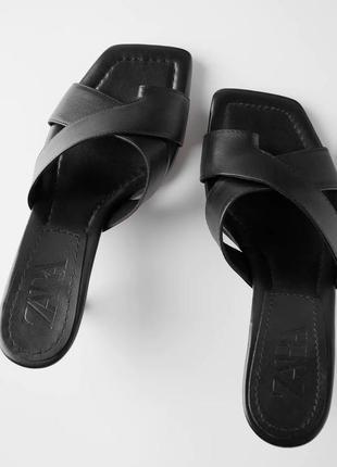 Новые кожаные босоножки мюли шлепки со скрещенными ремешками на каблуке zara