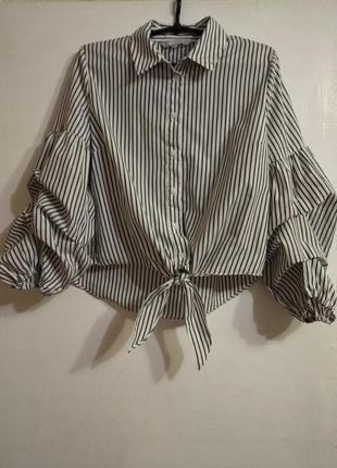 Блуза с обьемными рукавами