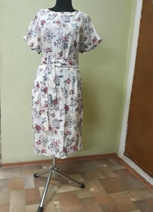 Милое летнее платье, цветочный принт 48-50 рр