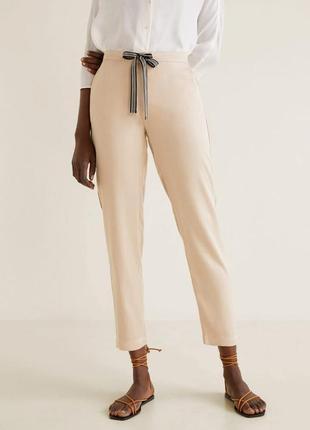 Легкие летние брюки от манго