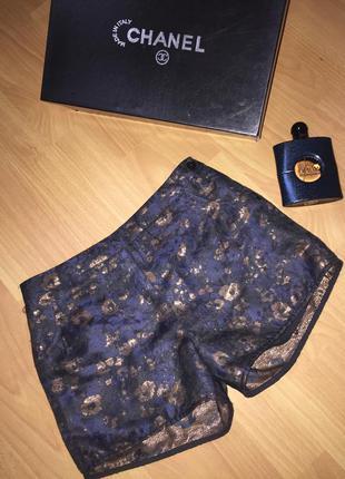 Стильные классические шортики золотая нить
