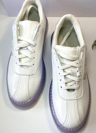 Кожаные итальянские кроссовки
