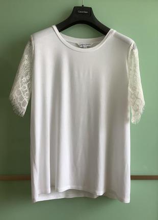 Біла блуза capsule p.44