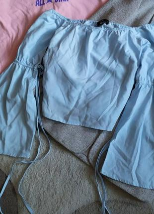 Стильная блуза топ блузка со спущеными открытыми плечами от missguided