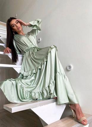 Платье вечернее с рюшами оливка