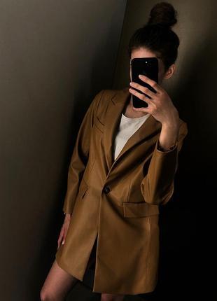 Новый рыжий карамельный кожаный пиджак пальто кожаное эко кожа