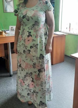 Остатки шикарного платья ментол и листья, размер 50и 52.