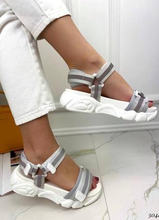 Босоножки шлепанцы текстиль белый спортивные сандалии сандали на высокой подошве2 фото