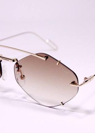 Трендовые солнцезащитные очки2 фото