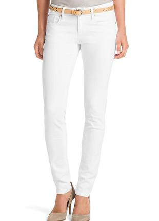 Белые джинсы hugo boss