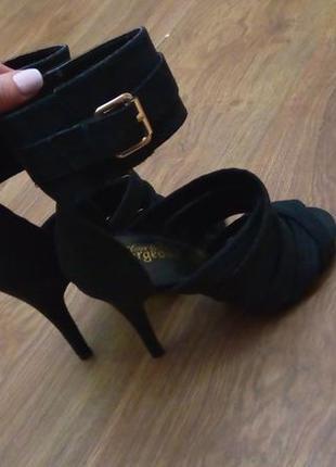 New look стильные замшевые босоножки, туфли