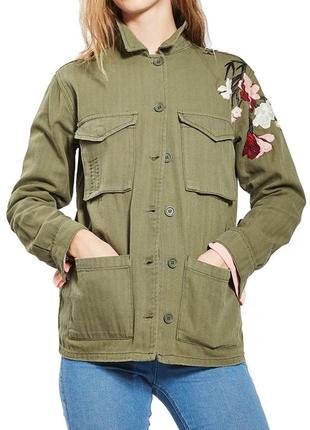 Курточка от topshop/джинсовая курточка/хаки/курточка с вышивкой. курточка с накладными карманами
