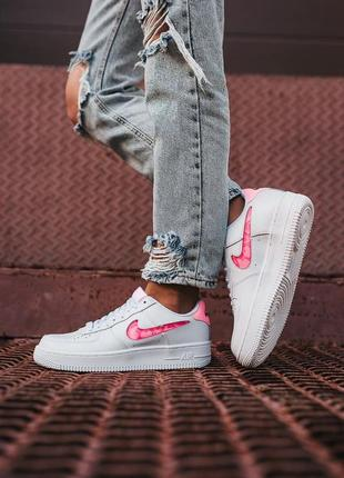 Женские кроссовки nike air force 1 07 se love for all
