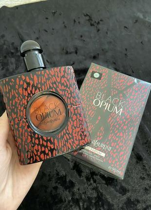 Женская парфюмированная вода yves saint laurent black opium 90 мл