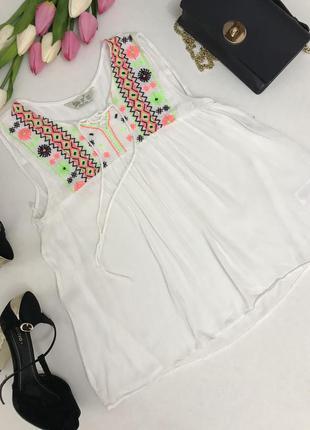 Красивая блузка с вышивкой из вискозы.💝