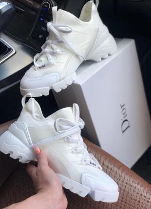 Белые кроссовки , christian dior