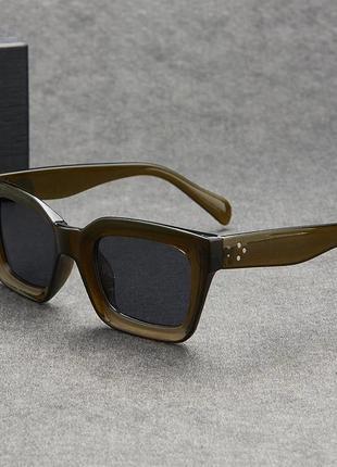 Солнцезащитные очки оливковые коричневые в стиле h&m zara2 фото