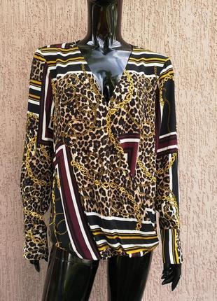 Красивая вискозная блуза f&f