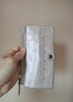 Кожаный кошелек marks & spenser перламутр розовый бежевый портмоне визитница
